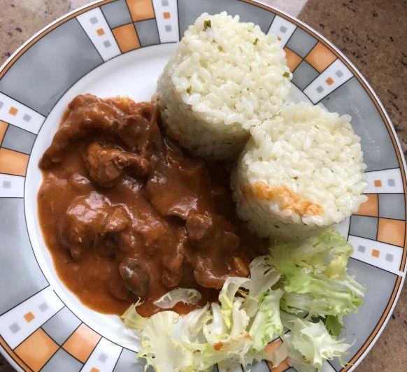 Carnes y arroz